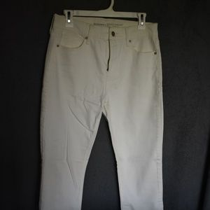 Old Navy White Perfect Straight Jeans